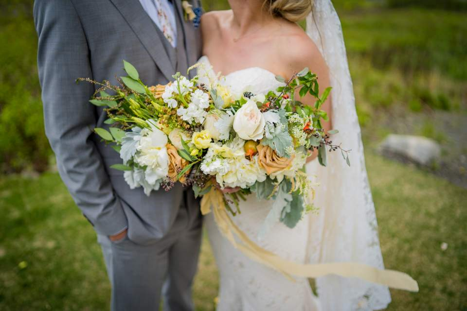 simple petal anchorage alaska wedding bouquet