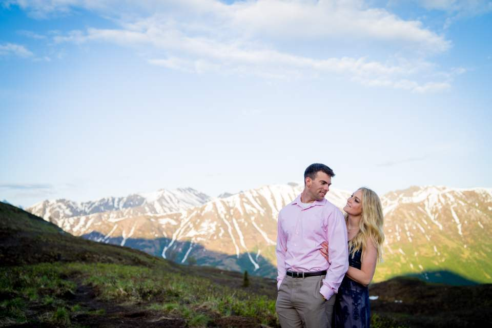 spring anniversary photos in the mountains in anchorage