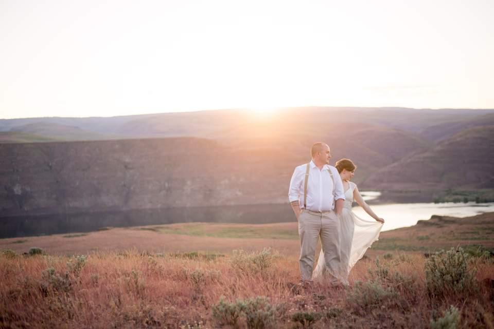 sunset cave b winery wedding photos