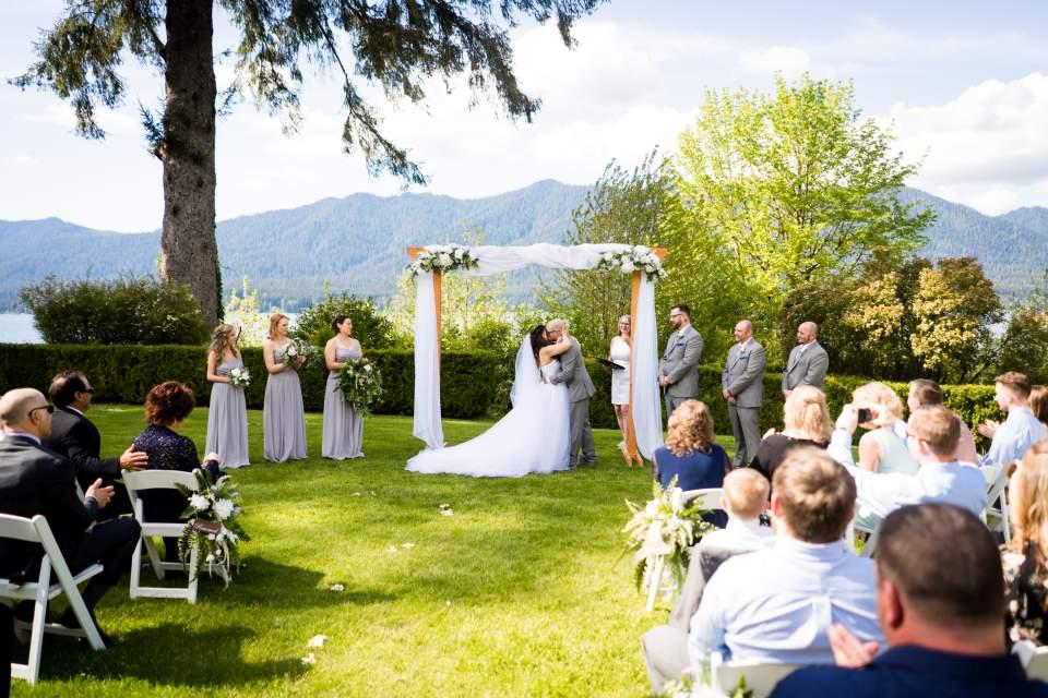 wedding ceremony olympic national park