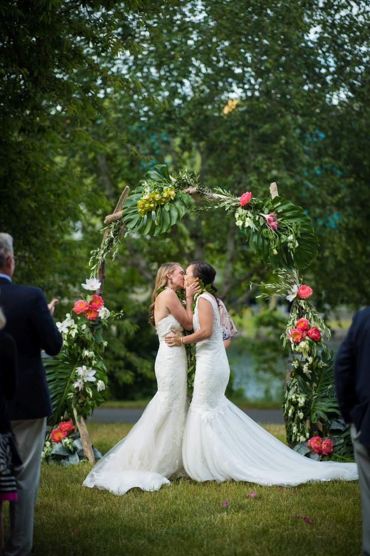 almquist family winery wedding seattle washington