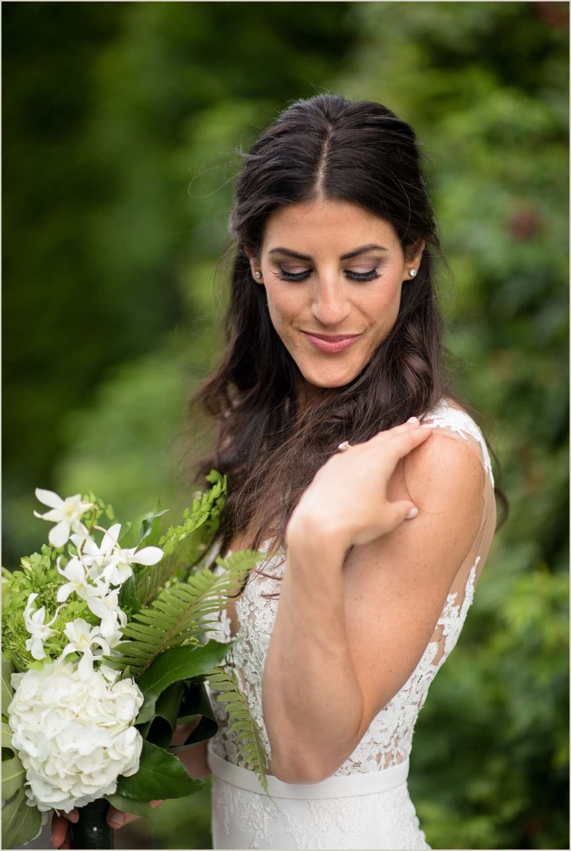 beautiful bridal portrait at willows lodge 1