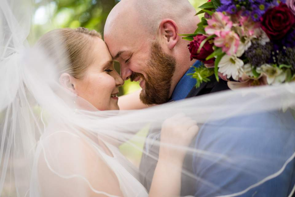 bride and groom vail portraits