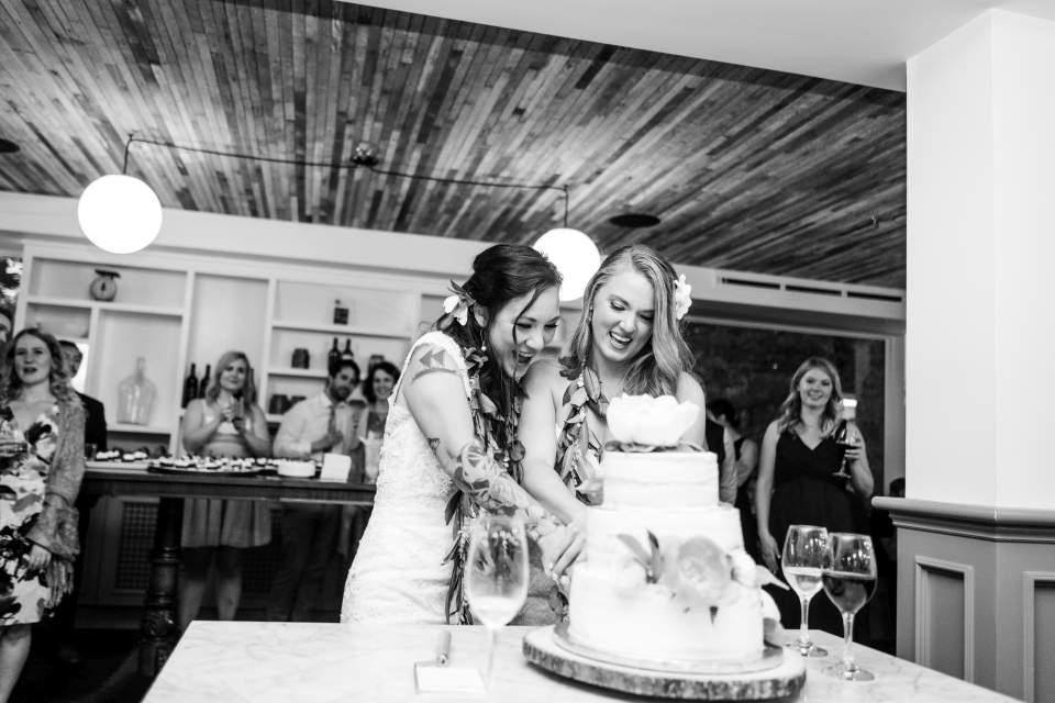 cake cutting wedding reception
