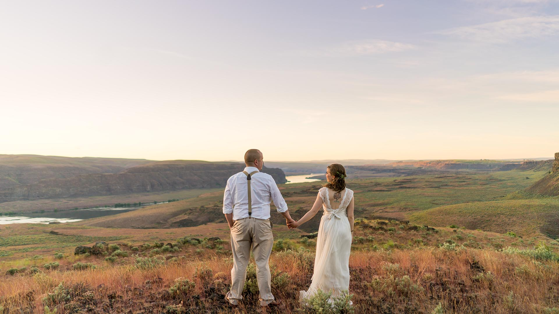 couple watching sunset at the gorge