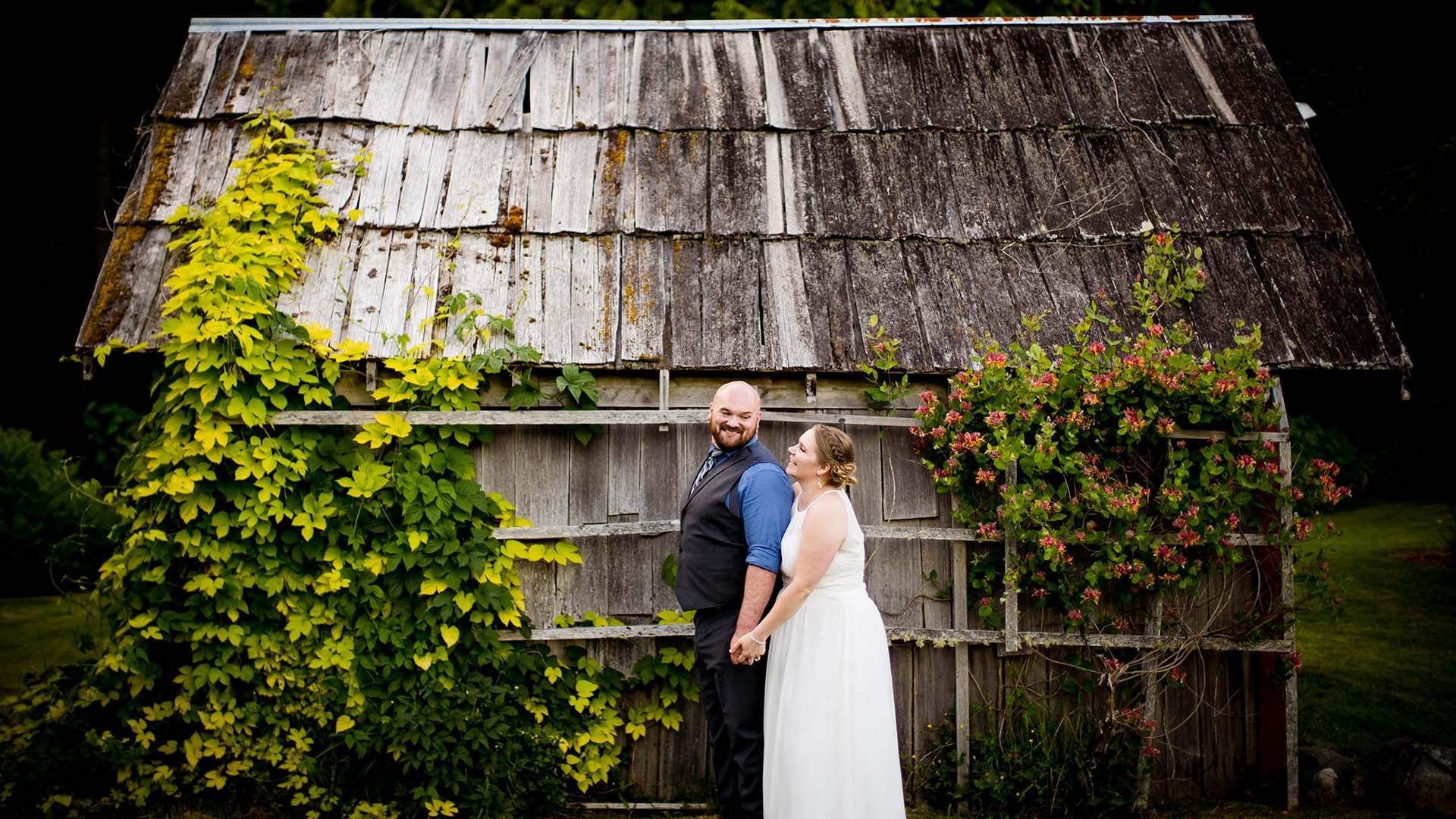 farm kitchen wedding kitsap wedding photographers salt and pine