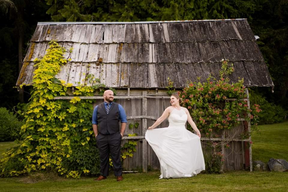 farm kitchen wedding seattle wedding photographers salt and pine