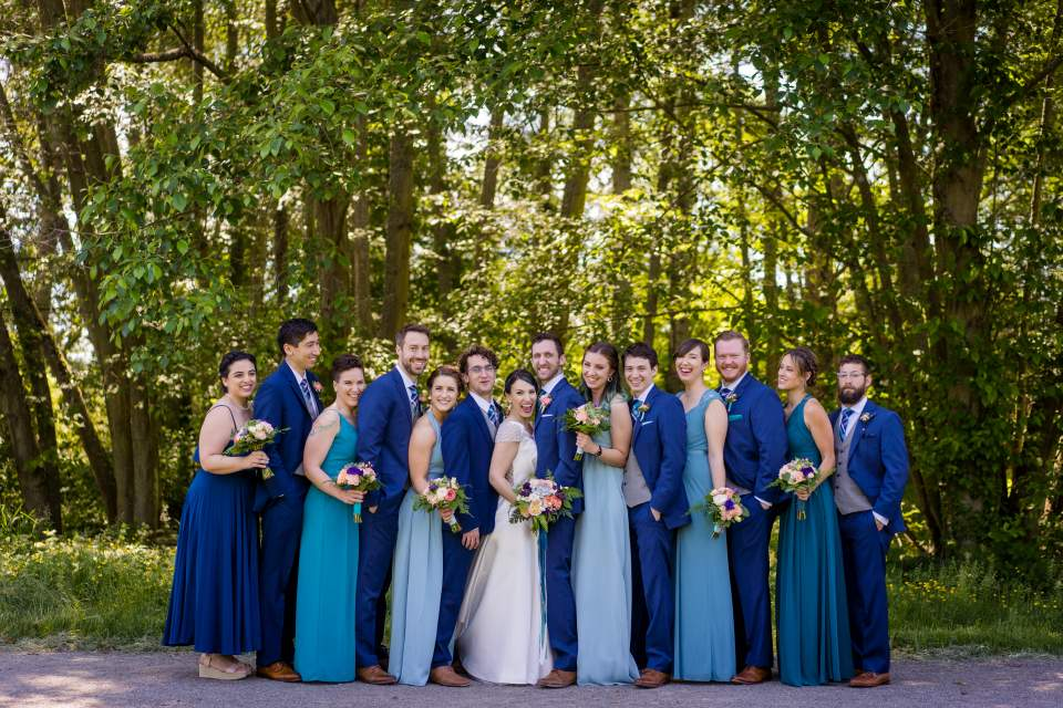 uw wedding party photos in the spring