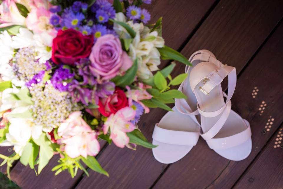 wedding details flowers and shoes
