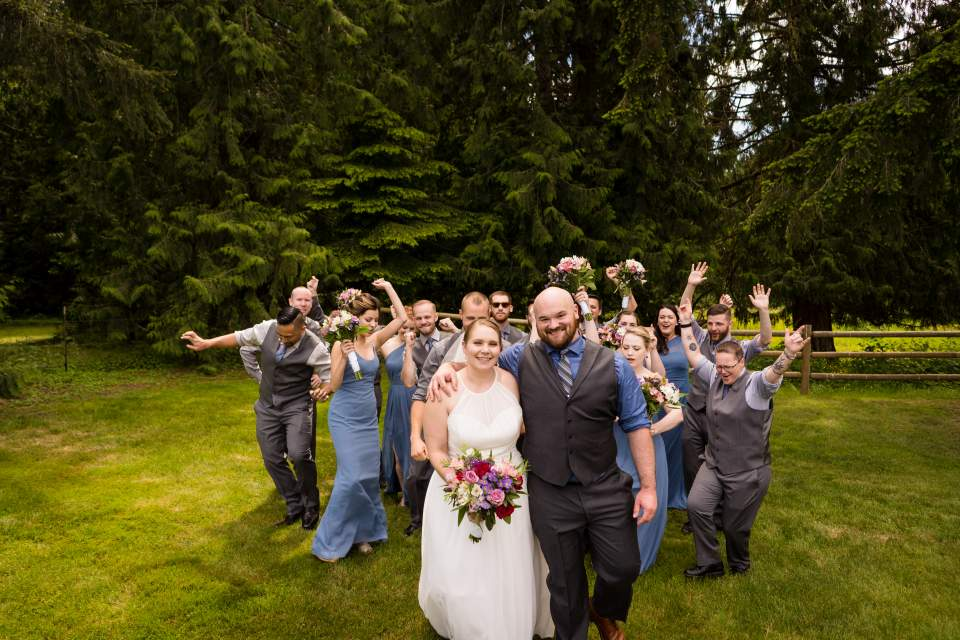 wedding party dancing salt and pine photography
