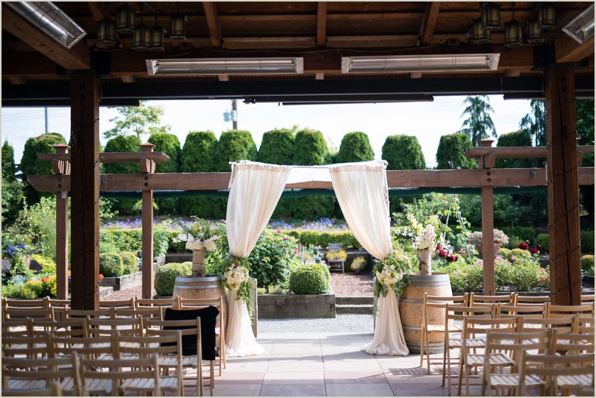 willows lodge outdoor garden ceremony space
