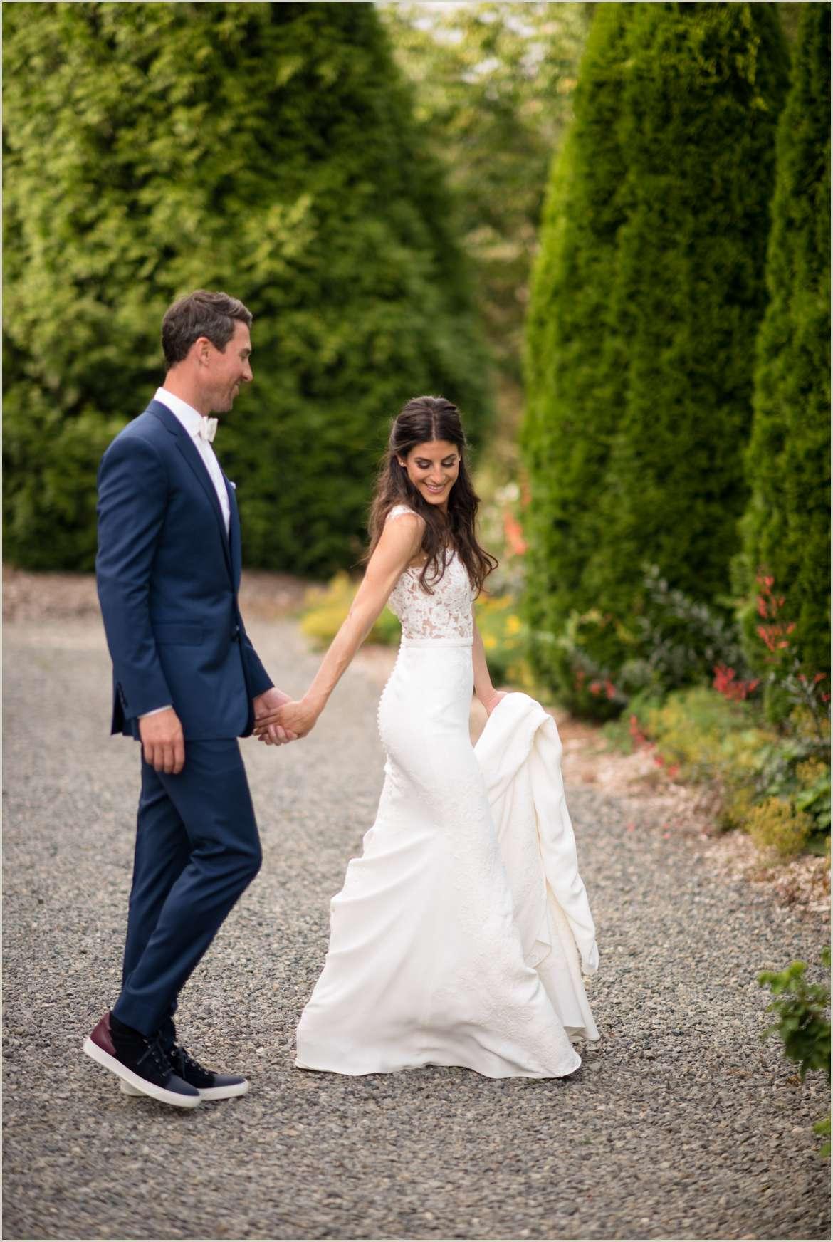 willows lodge wedding photos