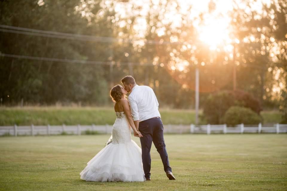 barn wedding sunset photos