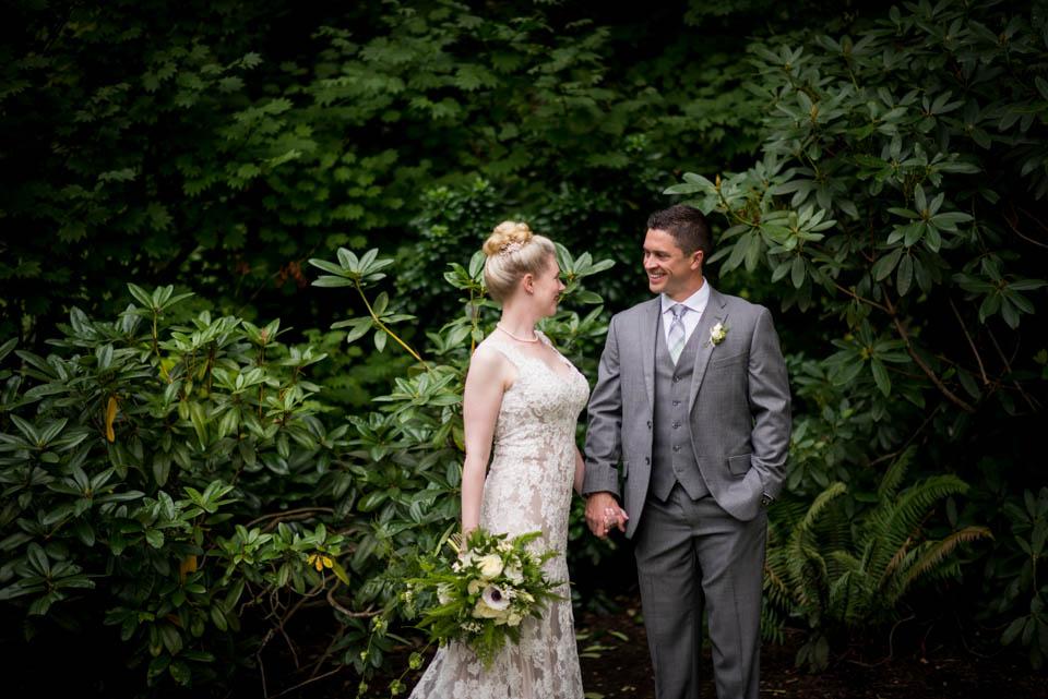 botanical bride and groom wedding portrait salish lodge wedding salt and pine photographers