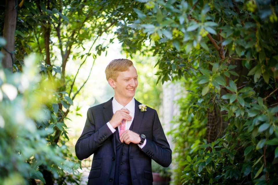 groom looking daper