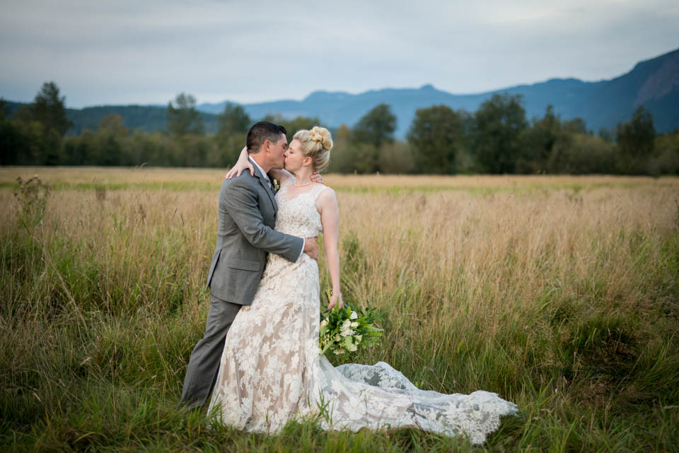 north bend wedding pictures seattle wedding photographer