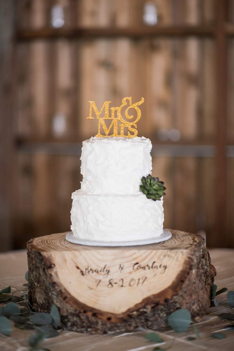 simple white wedding cake maplehurst farm wedding day