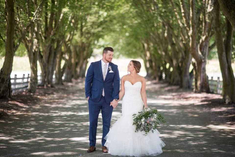 summer wedding at maplehurst farm