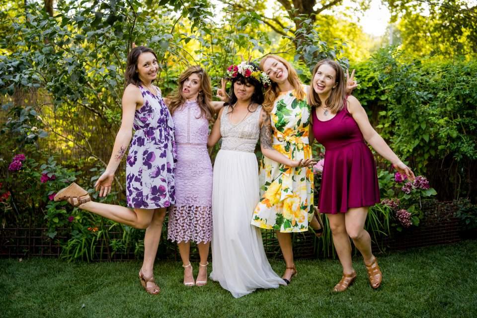 wedding day friends photos