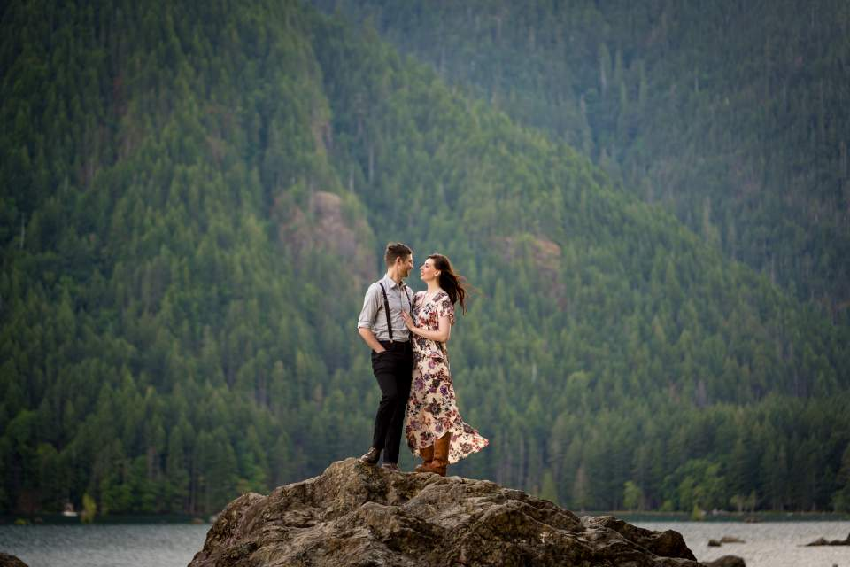 adventure engagement photographers in seattle