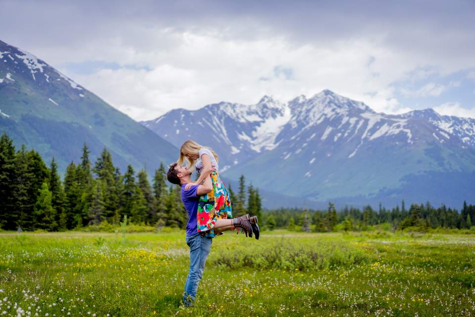 girdwood engagement photos
