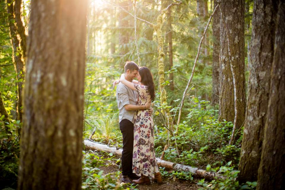 woodsy engagement photos at lake cushman