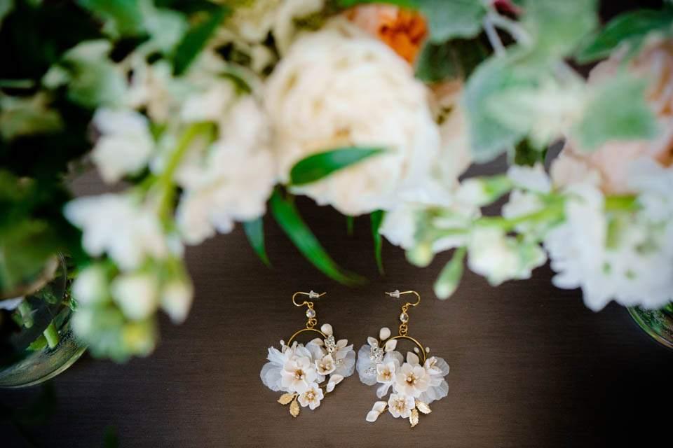 botanical flower earrings for wedding