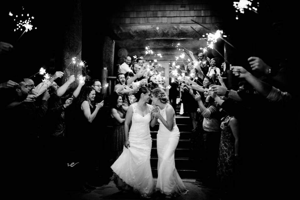 cabin creek lodge wedding sparkler exit 2