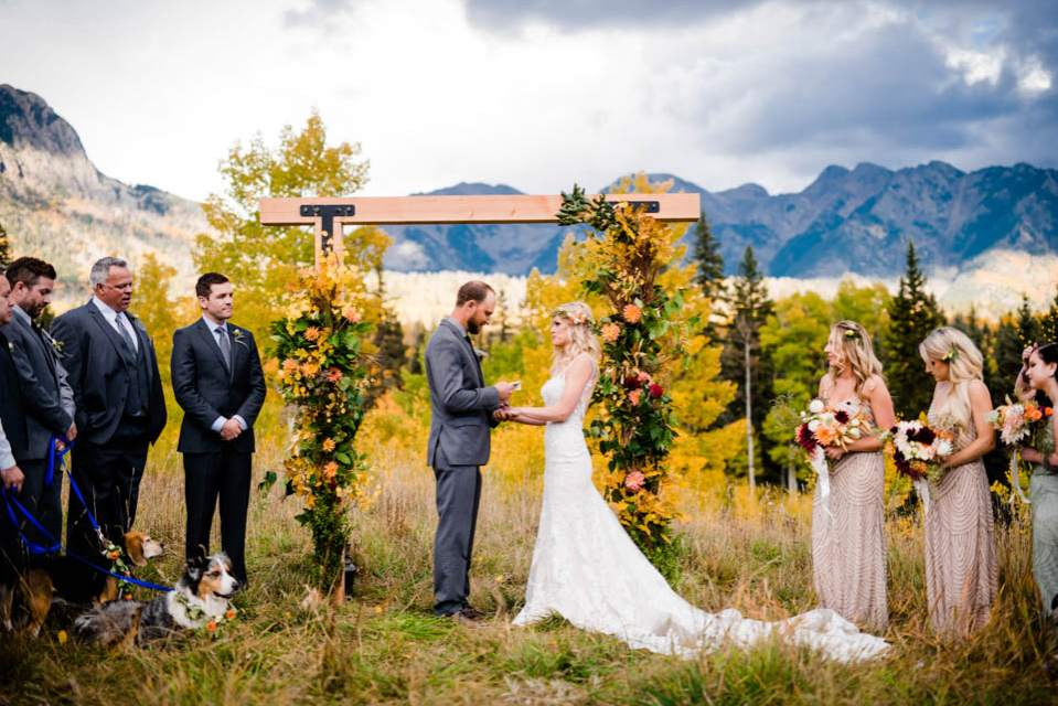 colorado adventure elopement in mountains