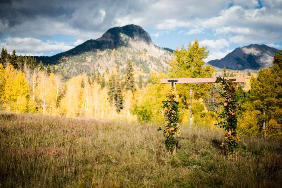 fall colorado adventure elopement location with mountains