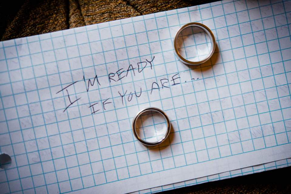 mens wedding rings on wedding day note