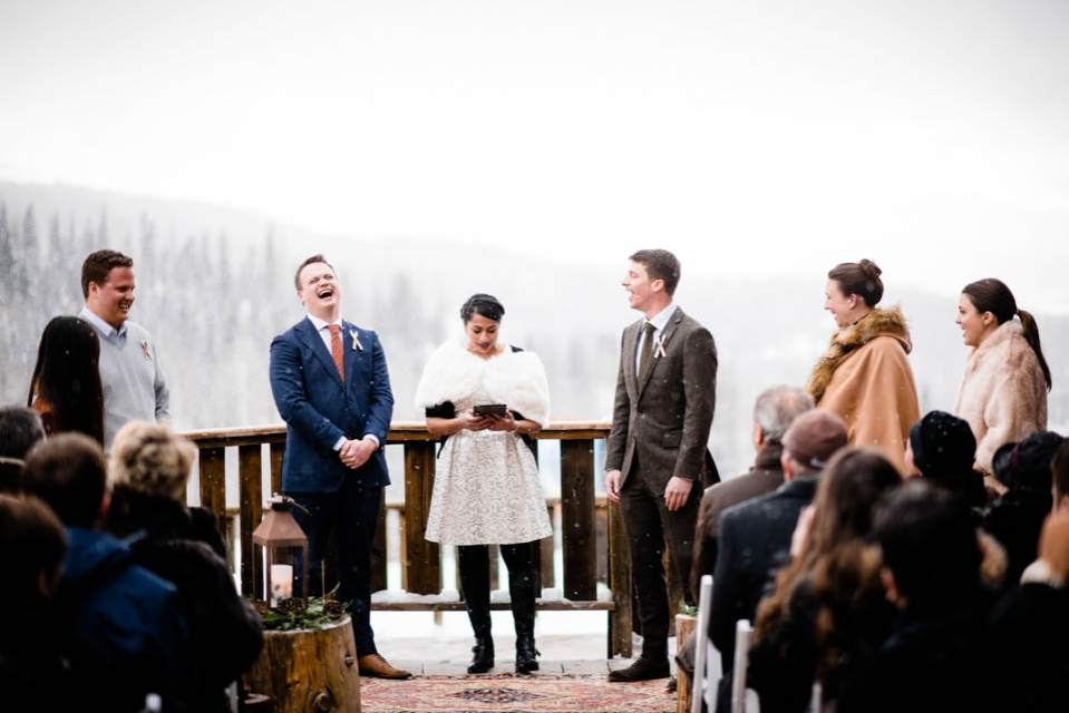 outdoor wedding in the snow at a mountain lodge