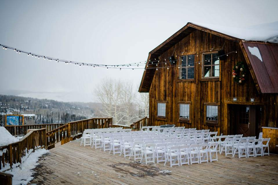 outdoor winter wedding at ski lodge