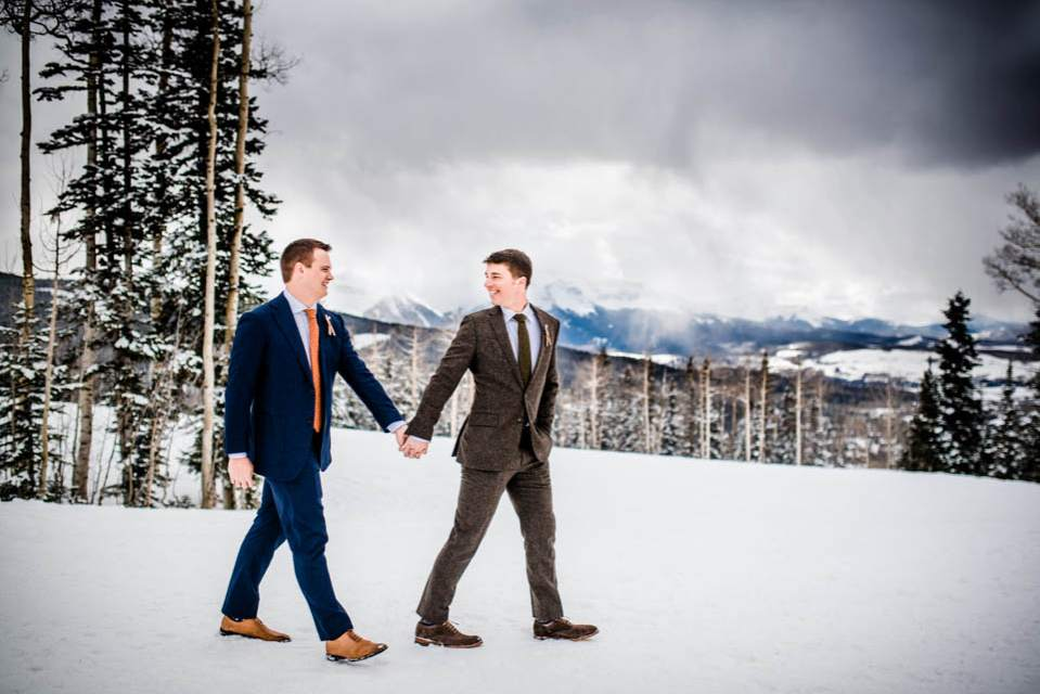 winter wedding at a ski lodge in the mountains